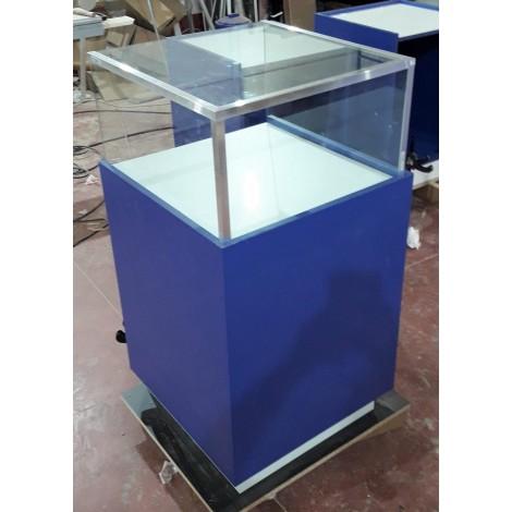 Mueble Expositor con Vitrina y Led