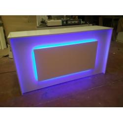 Mostrador 180x50x95cm con iluminacion Led